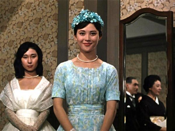 Personnage, Mariko Okada (Yuriko Sasaki )