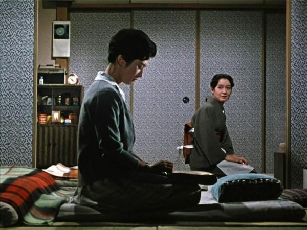 Yôko Tsukasa (Ayako Miwa), Setsuko Hara (Akiko Miwa)