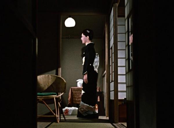 Shima Iwashita (Michiko Hirayama)