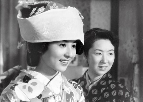 Kyôko Kagawa (Toshiko Fukuhara ), Kinuyo Tanaka (Masako Fukuhara )