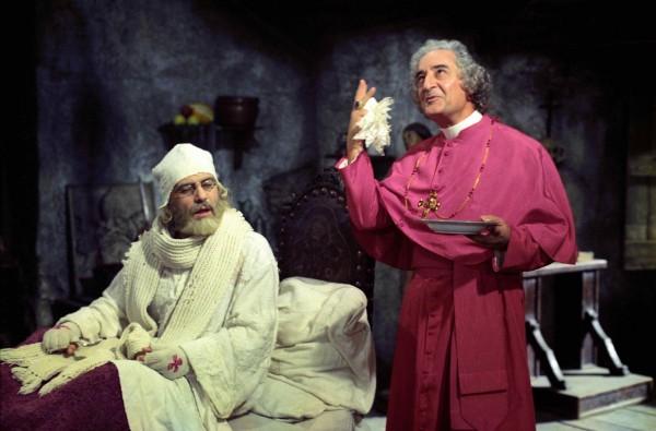 Sergio Graziani (le Cardinal Cannaregio), Mario Scaccia (le Cardinal Cardinale Piazza-Colonna)