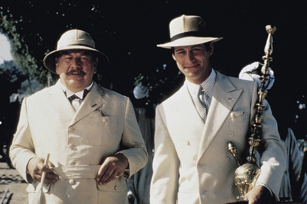 Peter Ustinov, Simon MacCorkindale