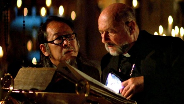 Victor Wong, Donald Pleasence