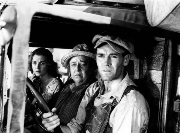 Dorris Bowdon, Jane Darwell, Henry Fonda