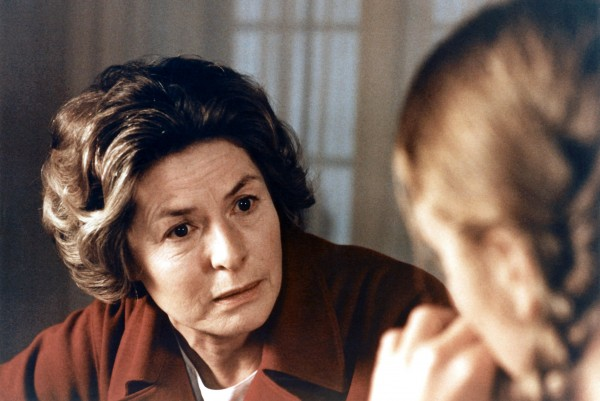 Ingrid Bergman (Charlotte Andergast), Liv Ullmann (Eva)