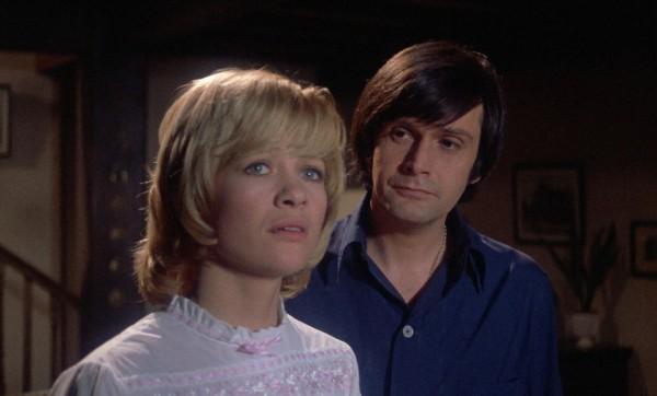 Judy Geeson (Peggy Heller), Ralph Bates (Robert Heller)