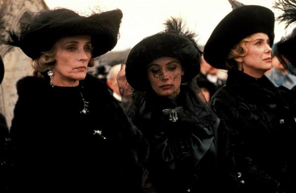 Edith Scob, Emmanuelle Béart, Catherine Deneuve