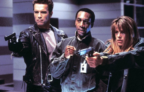 Arnold Schwarzenegger, Joe Morton, Linda Hamilton