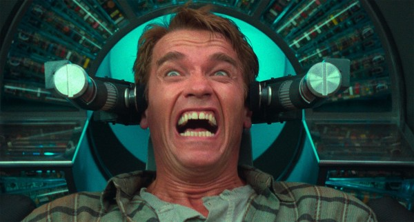 Arnold Schwarzenegger (Doug Quaid)