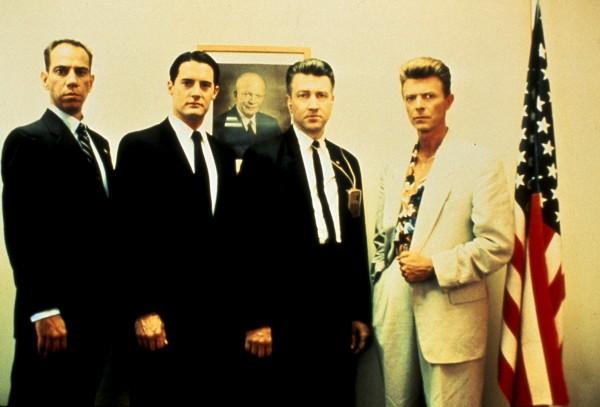 Miguel Ferrer (agent Albert Rosenfield), Kyle MacLachlan, David Lynch, David Bowie