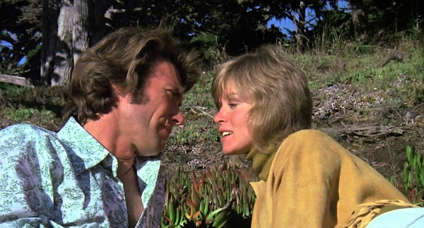 Clint Eastwood, Donna Mills