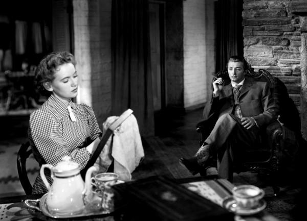Teresa Wright, Robert Mitchum