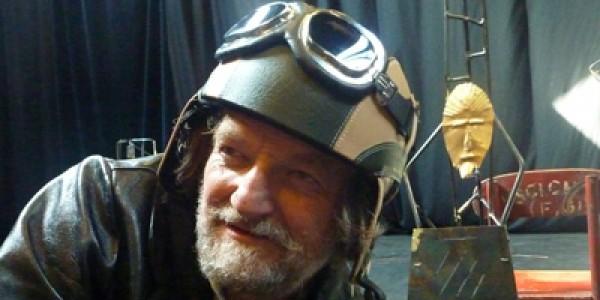 Lear, Conte à rebours : Philippe Dormoy