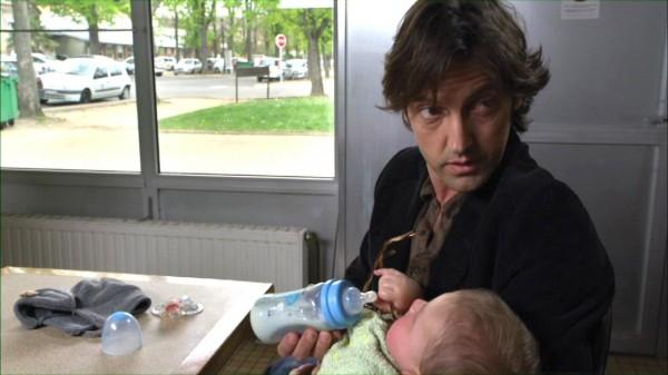 Frédéric Diefenthal (Lionel), Maxence Boulmé (le bébé)