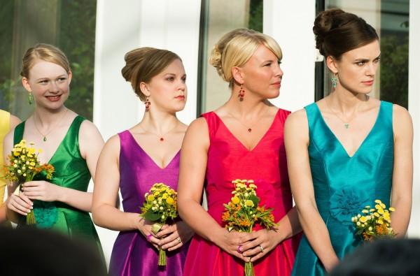 Rachelle Henry (demoiselle d''honneur), Kirsten deLohr Helland (Danielle), Sara Coates, Keira Knightley
