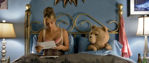 Jessica Barth (Tami-Lynn), Ted