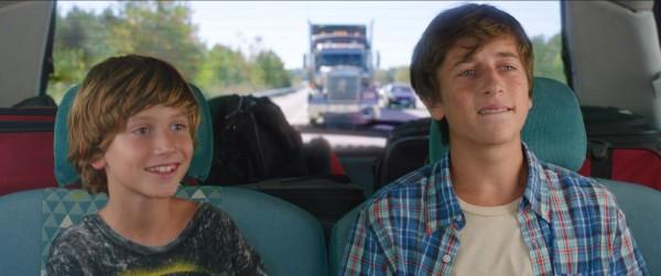 Steele Stebbins (Kevin Griswold), Skyler Gisondo
