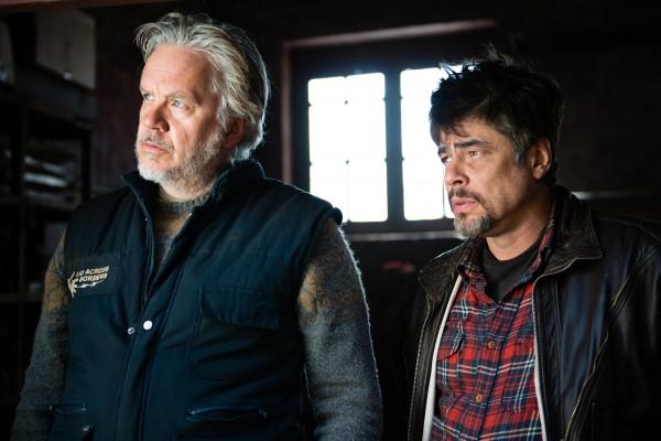 Tim Robbins, Benicio Del Toro