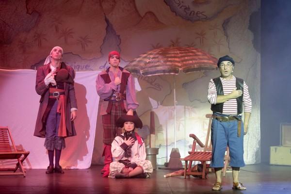 La Revanche du Capitaine Crochet au Théâtre de la Michodière
