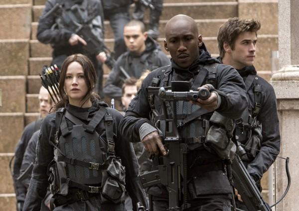 Jennifer Lawrence, Mahershala Ali (Boggs), Liam Hemsworth
