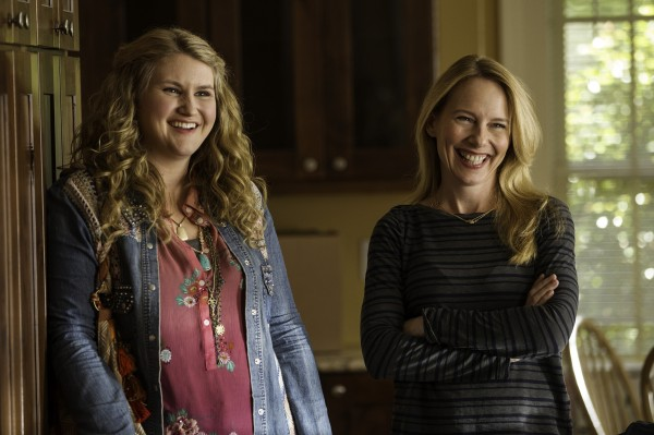 Jillian Bell, Amy Ryan