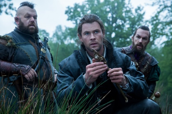 Nick Frost, Chris  Hemsworth, personnage
