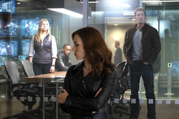 Emily VanCamp (Sharon Carter / Agent 13), Anthony Mackie, Scarlett Johansson, Chris Evans