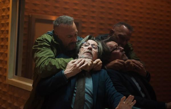 Kevin Costner, Gary Oldman