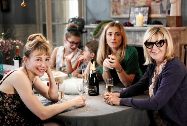 Julie Depardieu, Luna Aglat (Leopoldine), Chann Aglat (Juliette), Julie Gayet, Chantal Ladesou