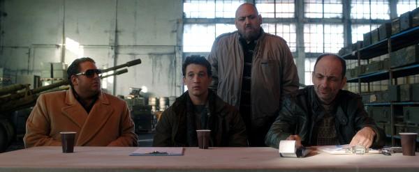 Jonah Hill, Miles Teller, JB Blanc (Bashkim), Gabriel Spahiu (Enver)