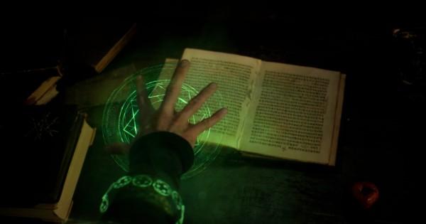 Doctor Strange, extrait