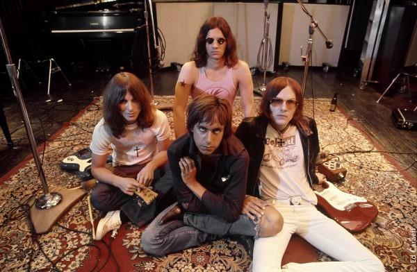 Le groupe Iggy  the Stooges : Dave Alexander, Iggy Pop, Scott Asheton, Ron Asheton