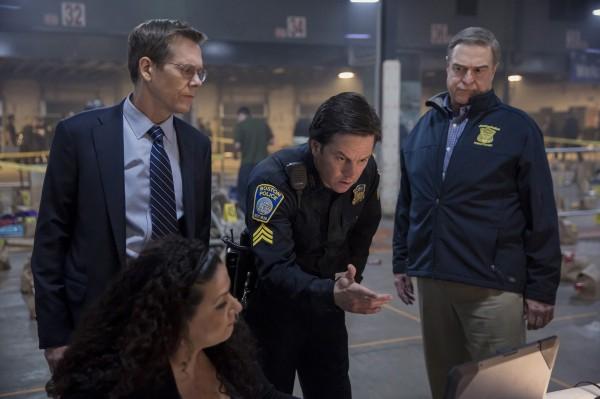 Kevin Bacon, Mark Wahlberg, John Goodman
