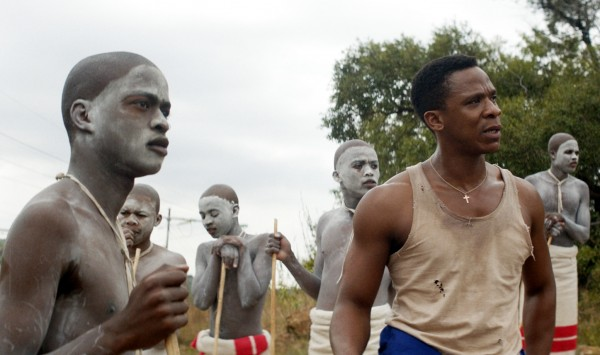 Niza Jay Ncoyini, Siphosethu Ngcetane (un initié), Zimi Banisi (un initié), Sibabalwe Ngqayana, Bongile Mantsai, Inga Qwede