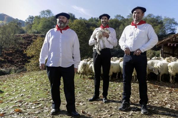 Ludovic Berthillot (Altzibar), Yann Papin (Xabi), Eric Bougnon (Patxi)