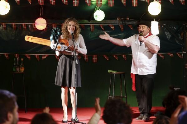 Elodie Fontan, Bernard Morlaas (l''animateur)