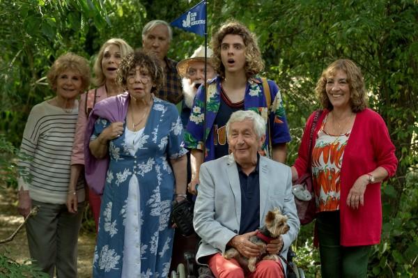 Michèle Moretti, Tanya Lopert, Liliane Rovère (Josette), Jacques Boudet, Albert Delpy, Thomas Solivérès, Claude Aufaure, Carmen Maura
