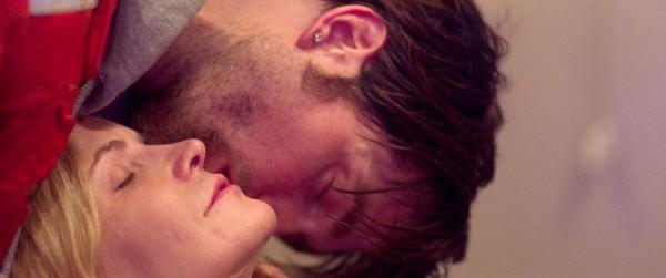 Jennifer Jason Leigh, Robert Pattinson