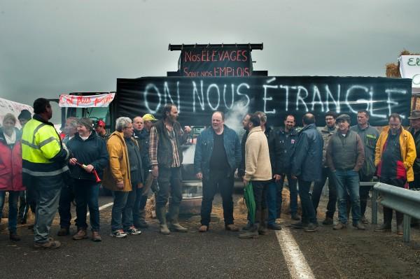 Personnages, Philippe Rebbot, Grégory Gadebois, François-Xavier Demaison, personnages, François Cluzet