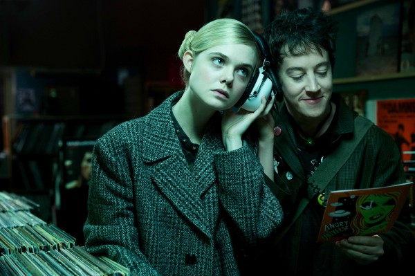 Elle Fanning, Alex Sharp