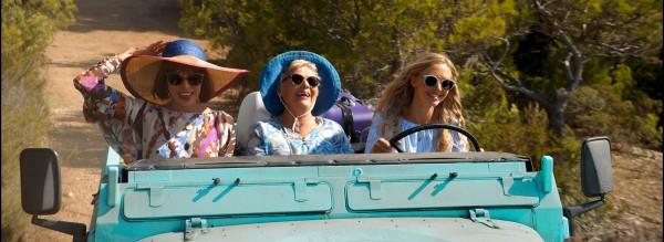 Christine Baranski (Tanya), Julie Walters (Rosie), Amanda Seyfried (Sophie)