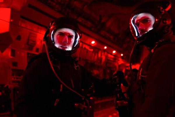 Tom Cruise (Ethan Hunt), Henry Cavill (August Walker)