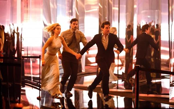 Vanessa Kirby (White Widow), Henry Cavill (August Walker), Tom Cruise (Ethan Hunt)