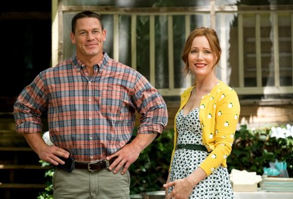 John Cena (Mitchell), Leslie Mann (Lisa)