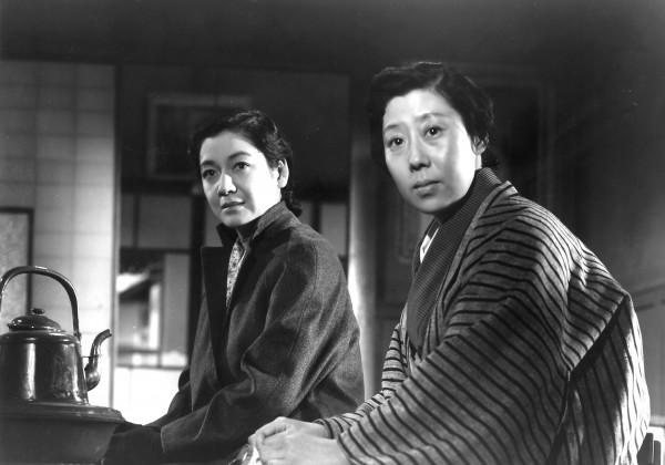 Setsuko Hara (Takako Numata), Isuzu Yamada (Kisako Soma, la mère)