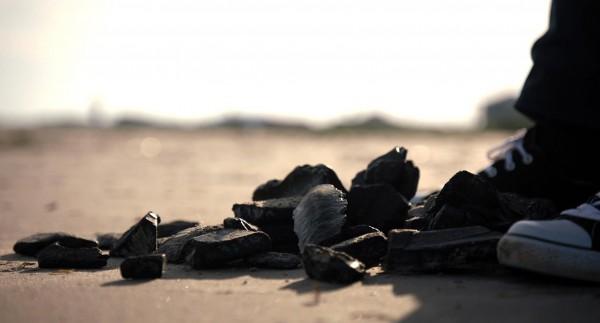 Boules de goudron sur les rivages de Louisiane, Etats-Unis