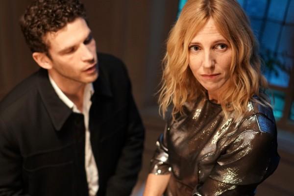 Arnaud Valois (Mehdi), Sandrine Kiberlain (Héloïse)