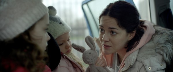 Ruby Dunne (Millie), Molly McCann (Madison), Sarah Greene (Rosie Davis)