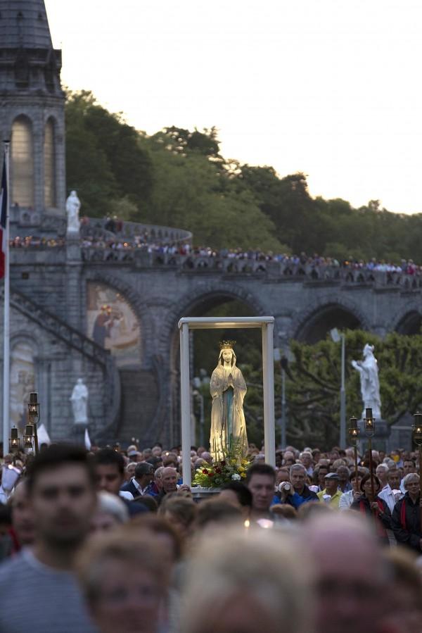Lourdes, extrait