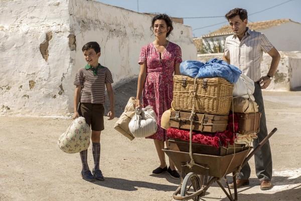 Asier Flores, Penélope Cruz, Raúl Arévalo